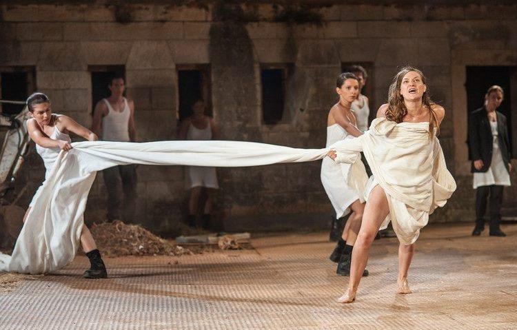 """BELEF 2019: Za početak pozorišni spektakl """"Antigona – 2000 godina kasnije"""""""