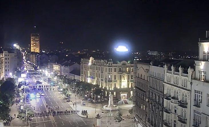 Neredi u Beogradu i Novom Sadu: Suzavac i juriš Žandarmerije