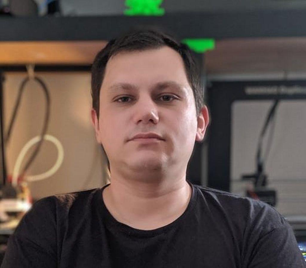 """Nenad Davidović: """"Naučite decu da prepoznaju 'internet siledžiju'"""""""