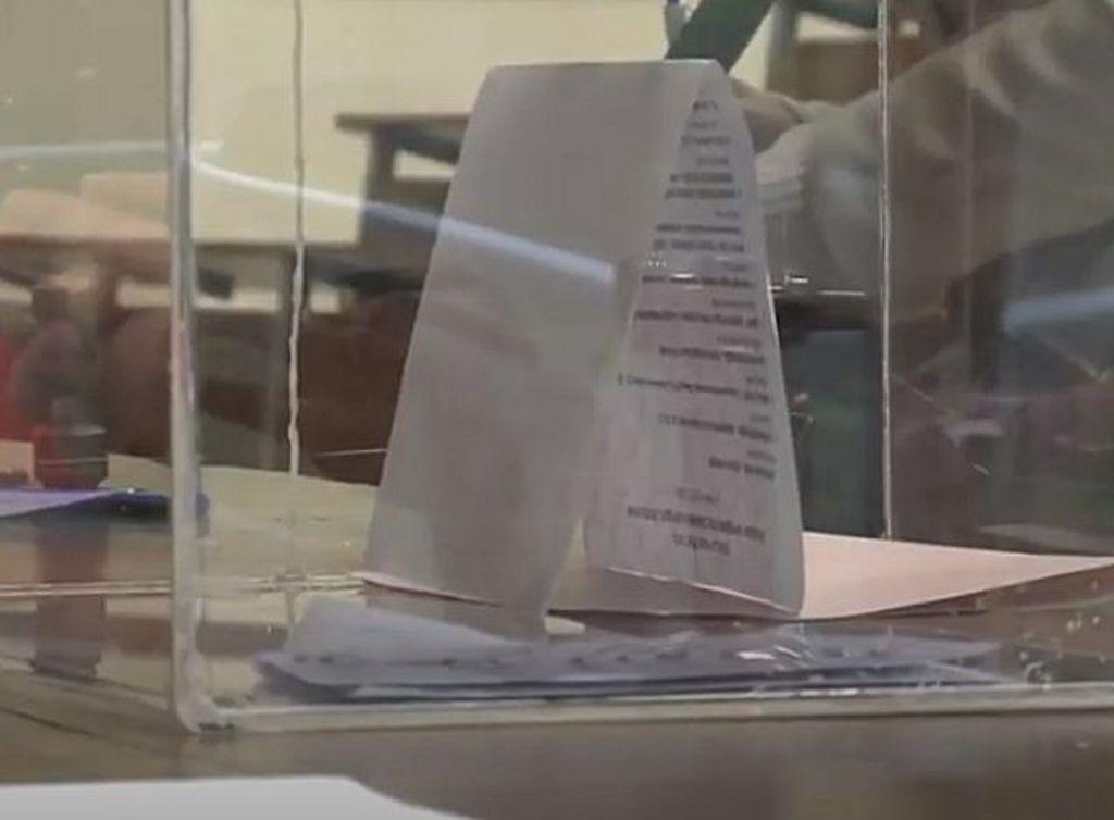 """Analiza: """"Parlamentarni izbori u Srbiji najsporniji u proteklih 20 godina"""""""