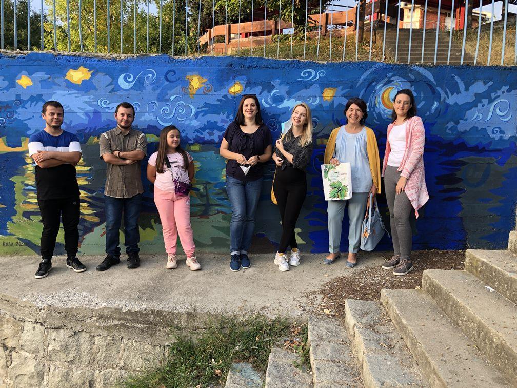 """Akcija udruženja """"Vlasinska vila"""": Vlasotinački kej krasi mural posvećen reci"""