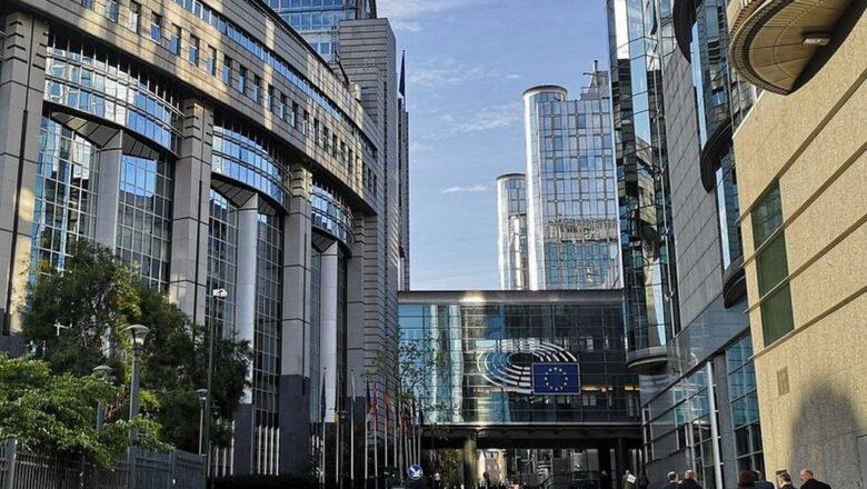 Brisel želi veću dinamiku u pregovorima Beograda i Prištine