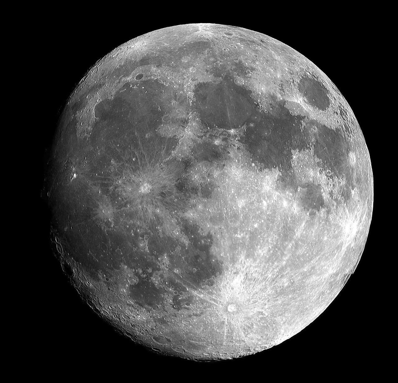 NASA potvrdila da na Mesecu ima vode, Rusi kažu da su to znali još 2010. godine