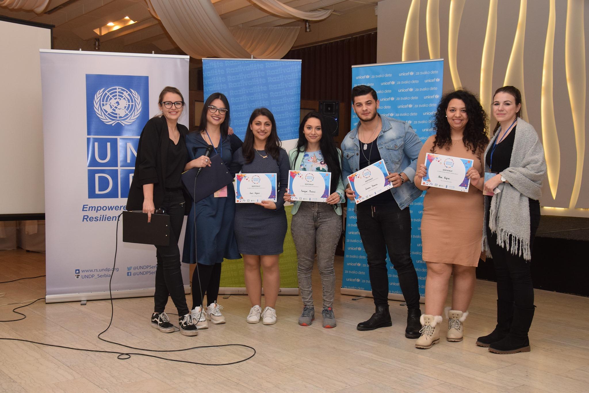 "Udruženje ""Romani Asvin"": ""Cilj nam je da osnujemo info centar za sve mlade Rome i Romkinje"""