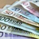 Vakcinisani građani Srbije dobiće od države dodatnu novčanu pomoć