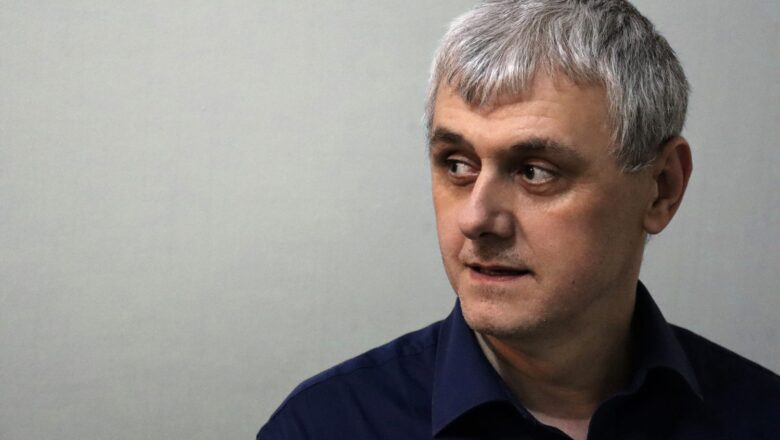 """Dejan Grujić, novinar: """"Moje 'crtice' su ožiljci koji podsećaju na to šta smo preživeli"""""""