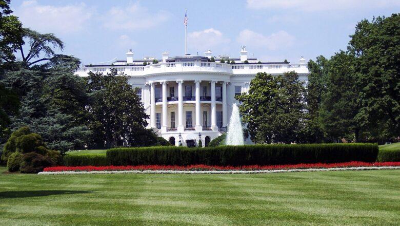 Sve više Amerikanaca želi predsednicu u Beloj kući