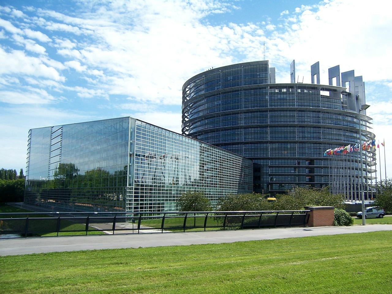 """EP usvojio """"Izveštaj o Srbiji"""", odnosi sa Kosovom ključni za članstvo"""